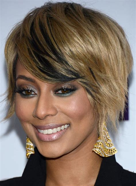 short straight highlighted hairstyle tucked behind ear layered hairstyles tucked behind ear hairstylegalleries com