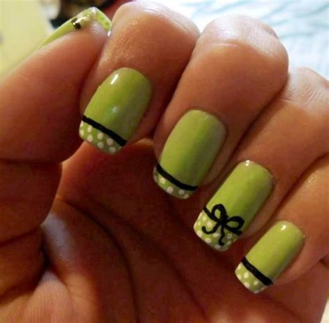 easy nail art green easy and cute nail art designs