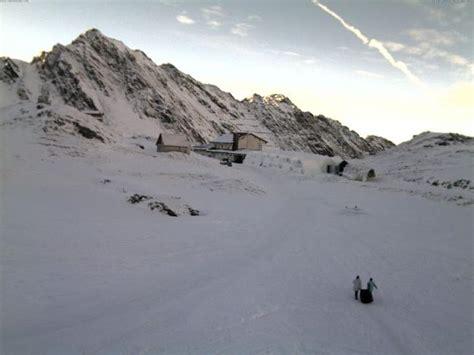 web balea lac hotelul de ghea螢艫 de la b 226 lea lac a fost inaugurat vezi