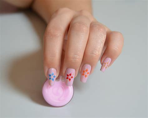 nail art tutorial italiano facile nail art facile les fleurs 233 tir 233 es yoko nail art