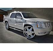 Cadillac Escalade EXT Custom Wheels Diablo Elite 30x100