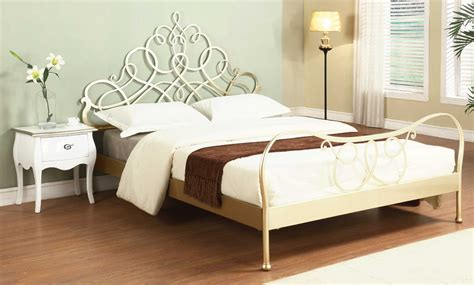 modern metal bed antique silver modern metal bed 1407 latest decoration ideas