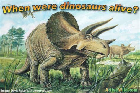 mesozoic era dinosaurs mesozoic era animals www imgarcade