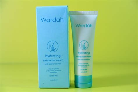 Wardah Hydrating Aloe Vera Gel Di Indo berbagai produk pelembab wardah ulasan singkat untuk