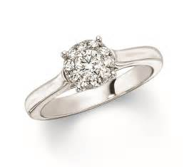 Solitaire engagement rings on hand in simpler feature