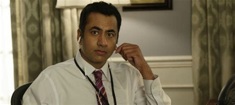 designated survivor kal penn 5 things kal penn wants you to know about designated