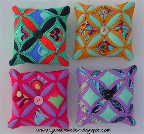 Cathedral Window Patchwork Pincushion - 1000 images about pincushions on