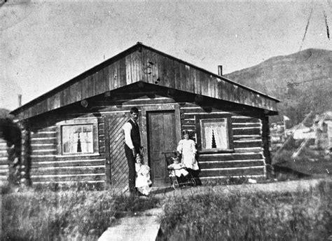 Arthurs Cabin by Arthur Bird