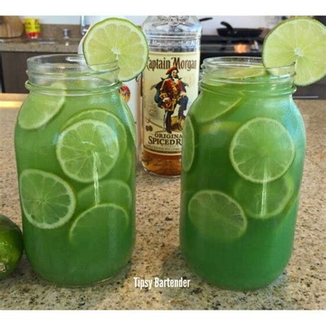 captain spiced rum and pineapple juice best 25 captain drinks ideas on