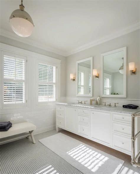 Benjamin moore intense white contemporary bathroom
