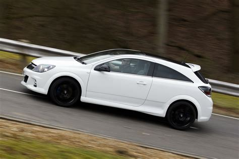 vauxhall astra vxr car site news car review car picture and more 2011