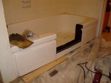 Bathtub Modification by The Easy Entry Bathtub Modification Contractors Valley