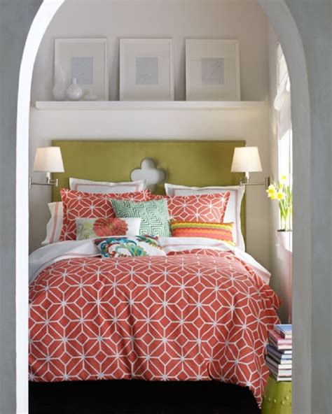 Coral Quilts And Coverlets 1000 Ideas About Coral Bedspread On Bedrooms
