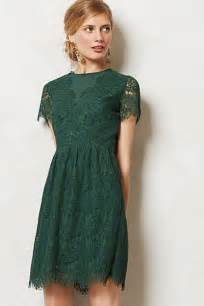 this emerald green lace dress would make a lovely