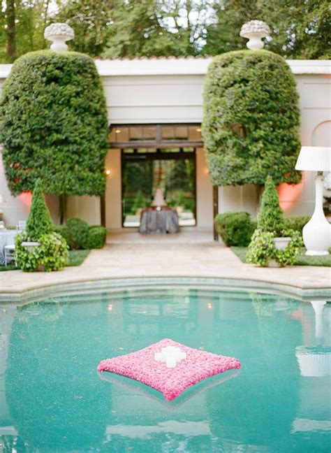 Pool Decorations For gorgeous pool decorations for weddings the magazine