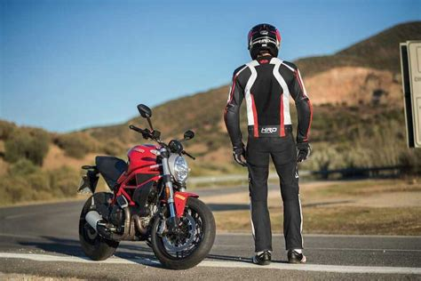 held hashiro  sport bayan korumali motosiklet montu