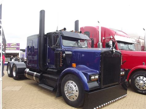 trucker to trucker kenworth 17 best images about custom big rigs on pinterest