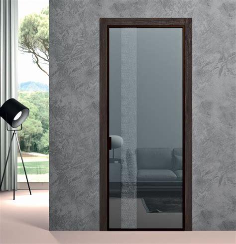 porta interna vetro porta interna in metallo e vetro apertura a battente bologna