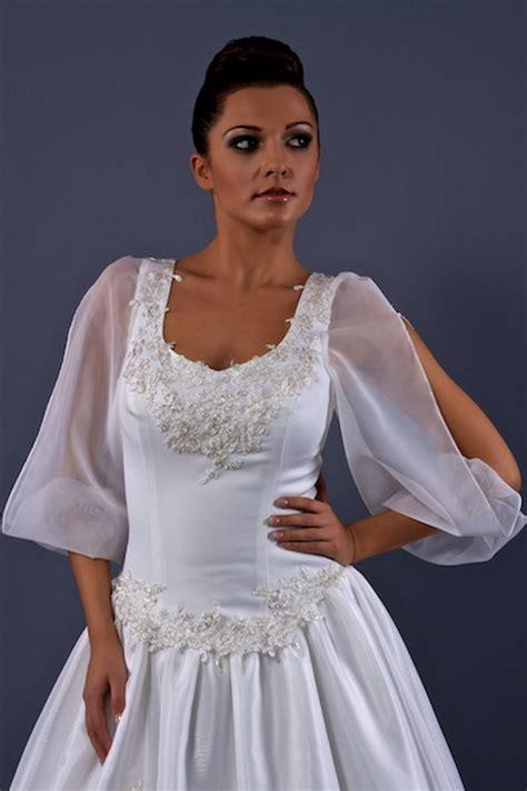 Brautkleider Tracht by Trachten Brautkleider