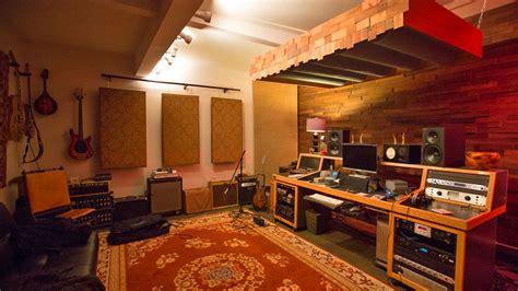underground world  las home recording