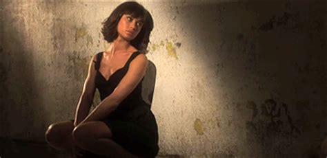 quantum of solace short film quantum of solace bond girl featurette olga kurylenko