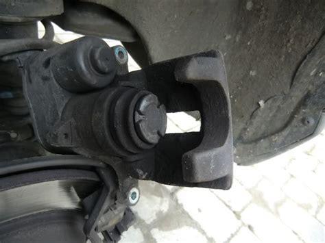 repair anti lock braking 2006 volvo s80 parental controls service manual install rear break shoes 2011 volvo xc60 service manual install rear break