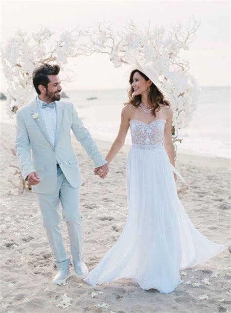 Pin Dar Kesim Gelinlik Modeli On Pinterest | dar kesim ve 220 nl 252 lerin gelinlik modeli m 1999 wedding