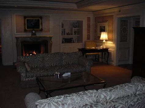 the living room st louis presidential suite fireplace picture of the ritz carlton