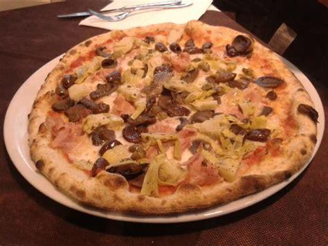 pizzeria al porto pizzeria bigoleria al porto foto di pizzeria al porto