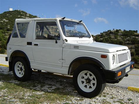 suzuki samurai 11 awesome adventure vehicles under 10 000