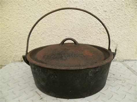 Pot Tawon 21 Cm 1 Lusin potjie legendary falkirk no 6 cast iron bake pot was sold for r1 000 00 on 21 sep at 20