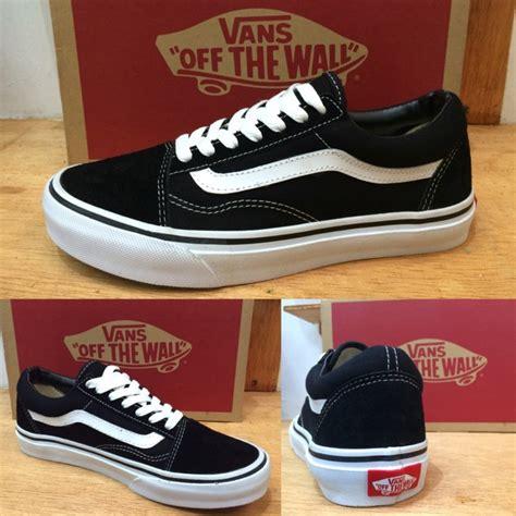 Sepatu Vans Oldskul Black sepatu vans skool black white original premium quality