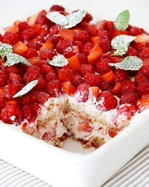 schneller kuchen mit gefrorenen himbeeren 15 pins zu l 246 ffelbiskuit kuchen die gesehen haben
