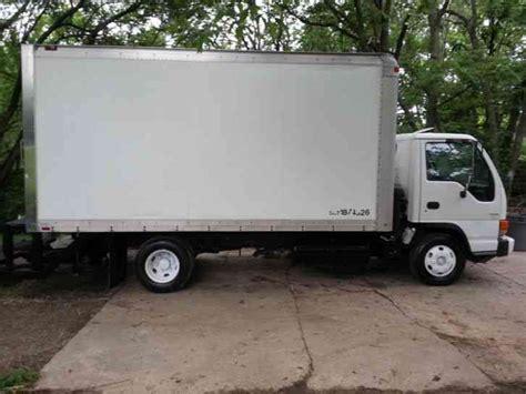 isuzu npr 1999 box trucks