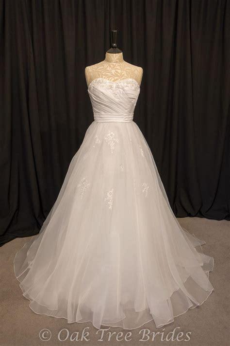 Wedding Dresses Size 10 by Page 1 Designer Weddings Dresses Size 10 Oak Tree Brides