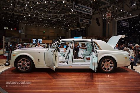 rolls royce phantom serenity rolls royce s phantom serenity showed us what bespoke
