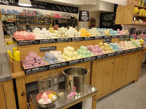 Handmade Stores - lush fresh handmade cosmetics plans opening next week at