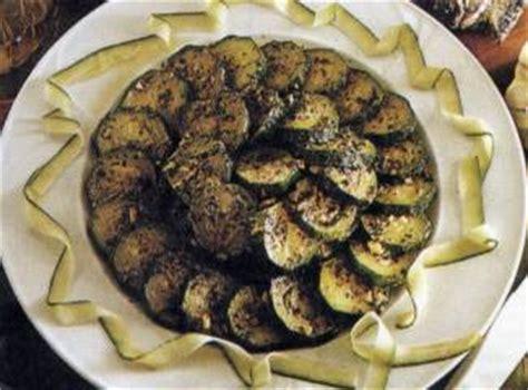 cucinare le zucchine lesse zucchine lesse ingredienti e preparazione ricette di