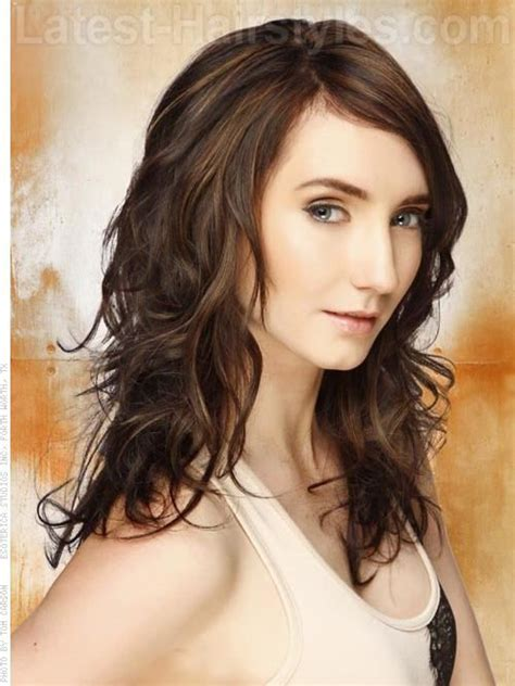 tri color hair for medium length curly hair super scrunch loose scrunched shoulder length waves