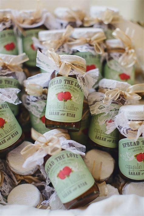 Bridal Giveaways - fall weddings 10 fall wedding favor ideas