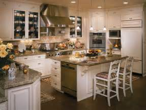 Colorado Kitchen Design Luxury Meets Sophistication In This Rustic Kitchen Traditional Kitchen Denver By