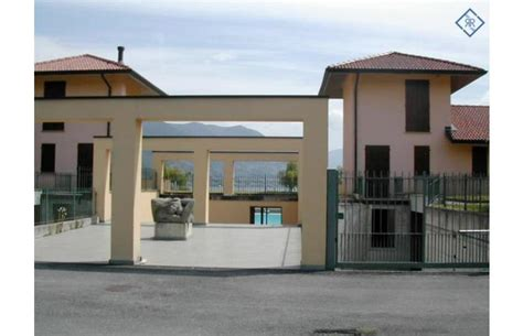 in affitto a brescia da privati privato affitta appartamento direttamente sul lago con