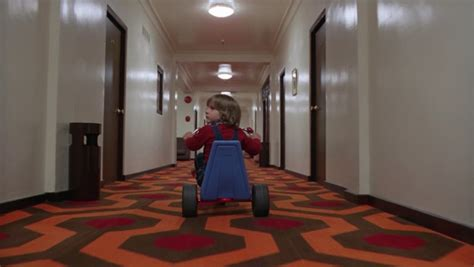shining scena bagno horror spaventosi e spaventose