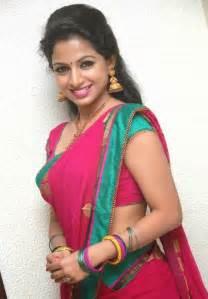 kannada actress akshara menon hot stills in spicy saree   cap