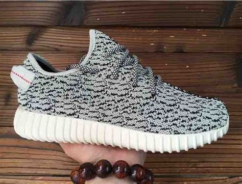Sepatu Casual Adidas Yezzy Boost Sneaker 01 36 40 review zz top hi s unmirrored turtle dove yzy 350s
