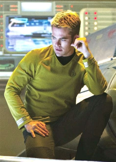 how to get captain kirk hairstyle 628 best images about chris pine on pinterest jack ryan
