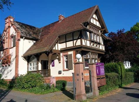 vialla frankfurt öffnungszeiten kleine villa frankfurt bewertungen fotos frankfurt am