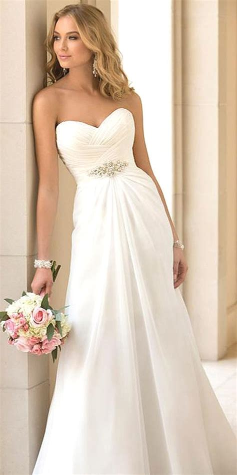 Pretty Gowns For Weddings by Pretty Dresses For A Wedding Discount Wedding Dresses