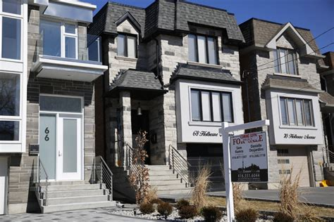real estate housing market toronto housing market frenzy may be subsiding some realtors say toronto star