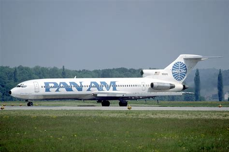 pan am file pan am boeing 727 200 at zurich airport in may 1985